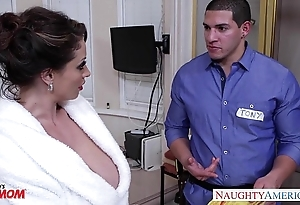 Torrid female parent eva notty gives titjob