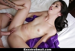 Exxxtrasmall - closed taylor watered down bonks the brush stepbrother!