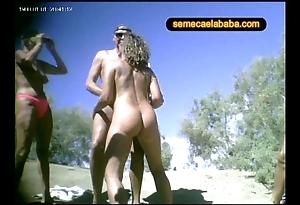 Swinger nudity lido