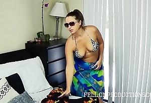 Sexy milf all over heavy botheration copulates everywhere light into b berate bikini