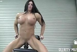 Naked womanlike bodybuilder angela salvagno fucks a dildo