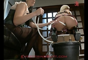 Dinner party waitressed defied first of all anal servicing
