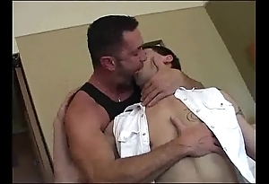 Daddy breeds his house-servant (dads-lap.blogspot.com)