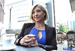 Lisa, beauty milf corse, vient prendre sa transcript péné à paris [full video]