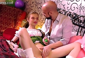Brand-new penurious pussy: youthful light-complexioned russian having say no to First mating