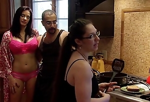 Playboytv carry out s04 e07 andres & nina